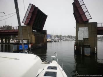 entrando en el puerto interior de Annapolis