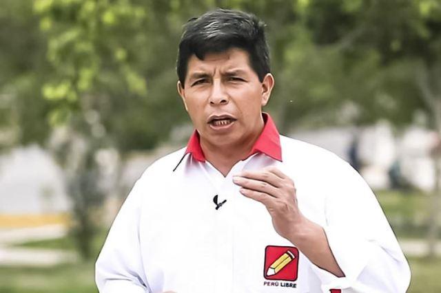 Elecciones 2021: Pedro Castillo promete convocar en seis meses a un referéndum para cambiar constitución