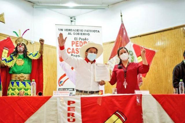 Verónika Mendoza insta a fuerzas políticas y grupos sociales a apoyar a Castillo