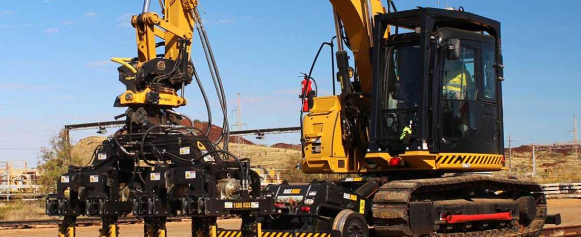 Elphinstone Railmax RMT15F Excavator