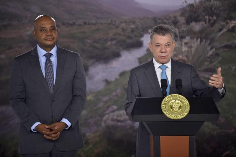 Un día antes de entregar el cargo, el presidente Juan Manuel Santos firmará el decreto de la 'Línea Negra'.