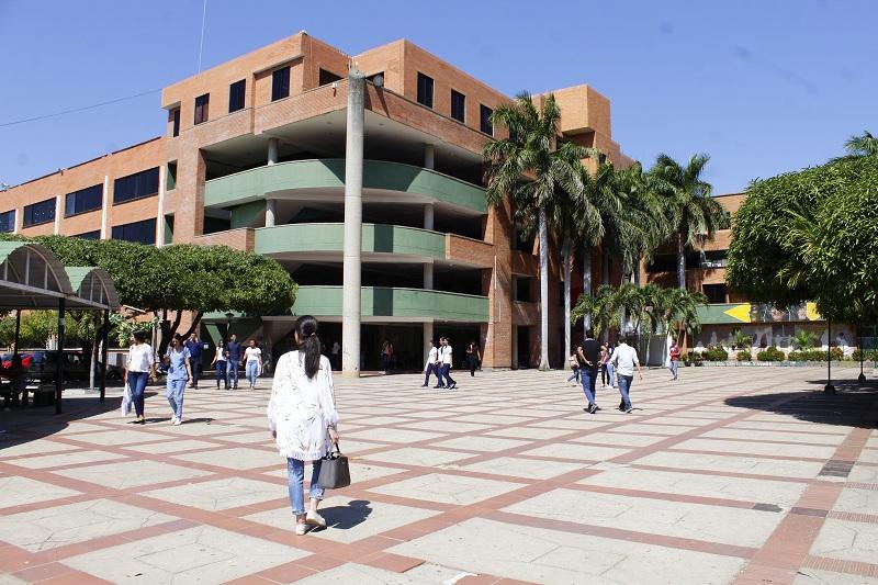 La Universidad Popular del Cesar elegirá nuevo rector; hay 17 aspirantes.  Foto: Joaquín Ramírez.