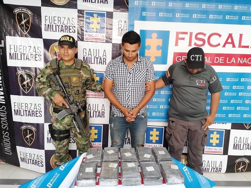 El detenido presuntamente movilizaba la droga en camión.   FOTO: JUDICIALES