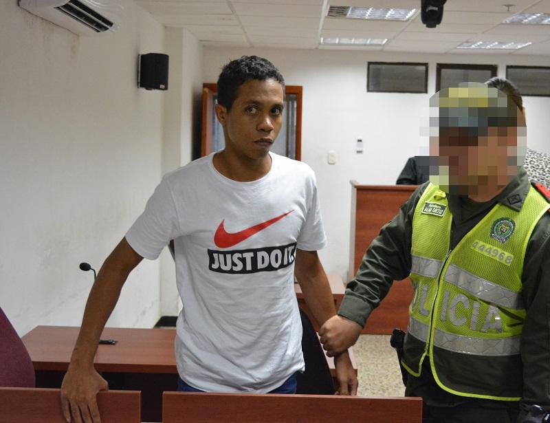 Álvaro José Haydar Rasgo fue presentando ante el juez segundo penal municipal con función de control de garantías.   FOTO: SERGIO PEÑA.
