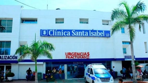 La afectada permanecía en compañía de sus familiares en la Clínica Santa Isabel.   FOTO/REFERENCIA.