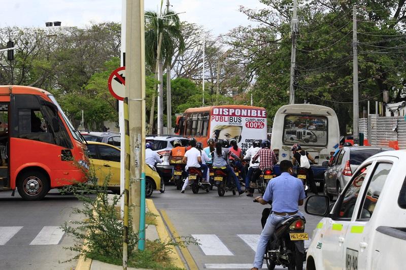 El transporte público está en crisis, según líderes gremiales.   Foto/JOAQUÍN RAMÍREZ