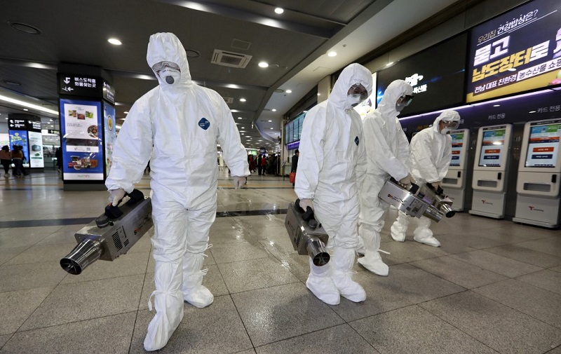 Ya hay 2 mil 233 muertos por coronavirus en China