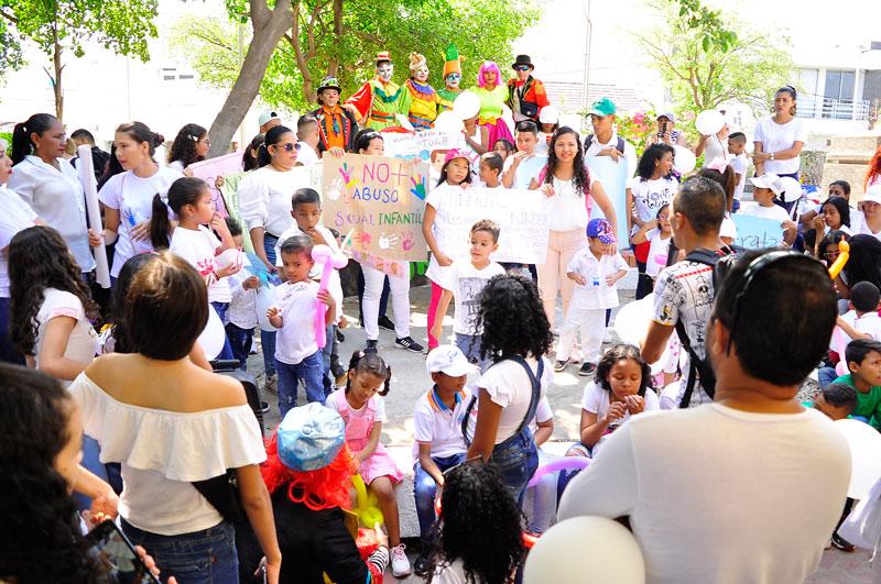 : La marcha inició en la glorieta Los Músicos y culminó en el parque de Las Madres.