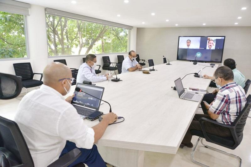 Congresistas y el gobernador encargado del Cesar se reunieron para analizar reforma del Sistema Nacional de Regalías.   Foto: Cortesía/EL PILÓN