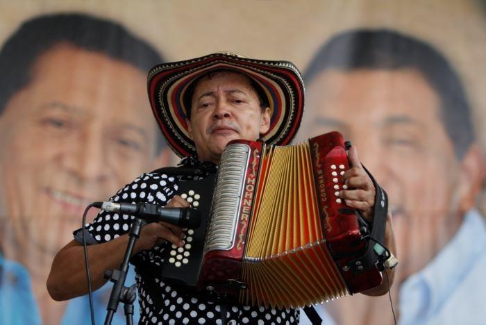 Manuel Vega Vásquez, acordoneronero.  FOTO/CORTESÍA.