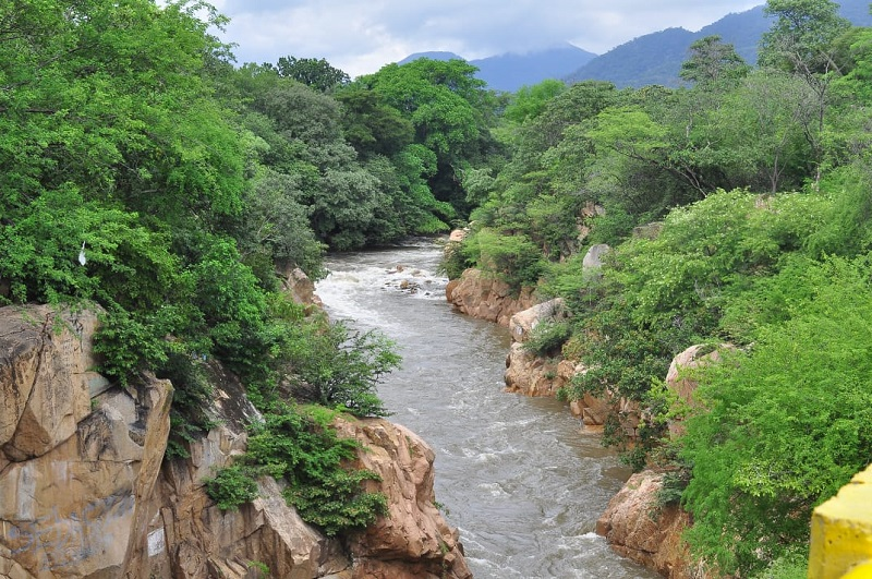 La idea es crear estrategias para recuperar y preservar el río Guatapurí.      FOTO/JOAQUÍN RAMÍREZ.