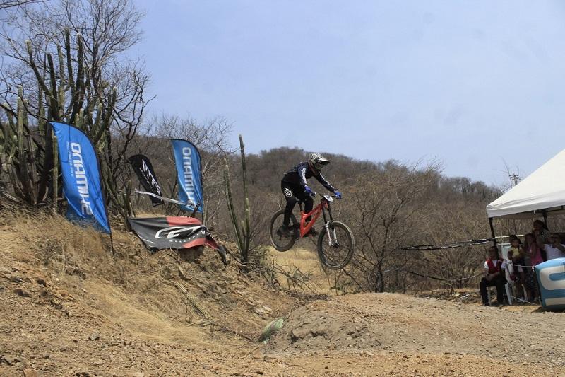 Se espera que Valledupar vuelva a albergar un evento nacional como el celebrado el pasado 8 de marzo del 2020 donde los ciclistas del Cesar fueron protagonistas.  FOTO/JOAQUÍN RAMÍREZ.