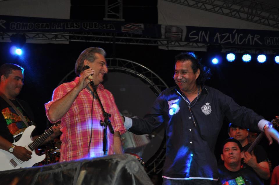 Jorge Oñate y Diomedes Díaz compartieron tarima en varias oportunidades, regalándole a su público bellas canciones.     FOTO/CORTESÍA.