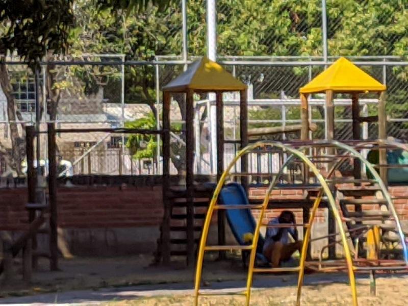 Parques de Valledupar son los sitios preferidos por los delincuentes y consumidores de alucinógenos.  FOTO: JOAQUÍN RAMÍREZ.