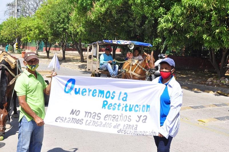 El gremio de carromuleros espera ser escuchado por el alcalde Mello Castro.  FOTO/JOAQUÍN RAMÍREZ.