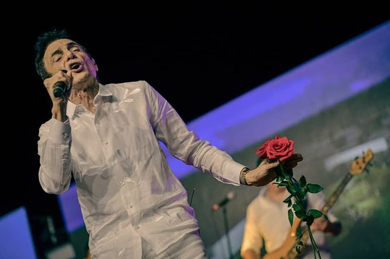 Gustavo Gutiérrez Cabello, cantautor.