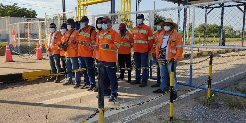 Los trabajadores aseveraron que otras empresas no los contratan porque tienen afectaciones de salud producto de la actividad carbonífera.