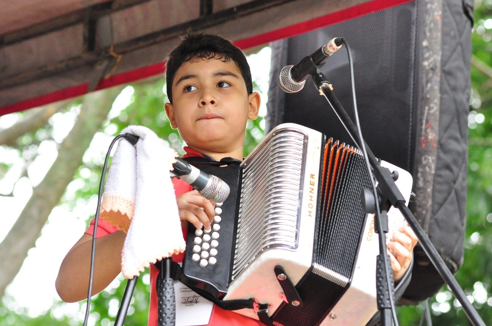 En La Pedregosa se realizó la primera ronda de los concursos Acordeón Infantil y Acordeonera Menor.   FOTO: JOAQUÍN RAMÍREZ.