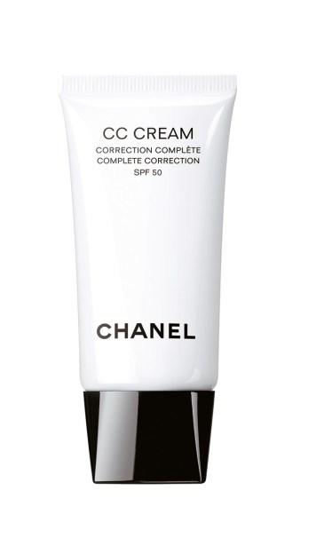 CC Cream, de Chanel. Corrige, alivia, hidrata, protege y perfecciona. Cinco acciones con un solo paso.