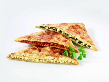 Verschiedene Pide (gefüllte Teigtaschen, Türkei)