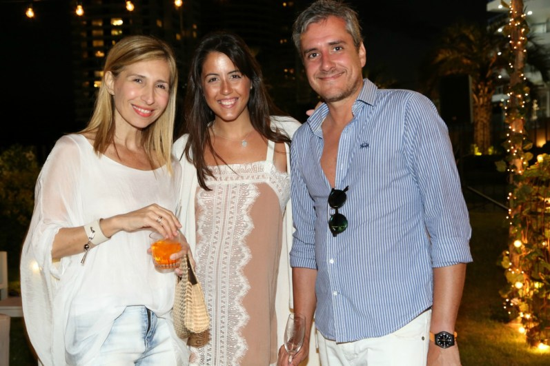 Flavia Fernández, Florencia Martínez y Javier Navía, a puro disfrute junto a El Planeta Urbano en el The Grand Hotel de Punta del Este.