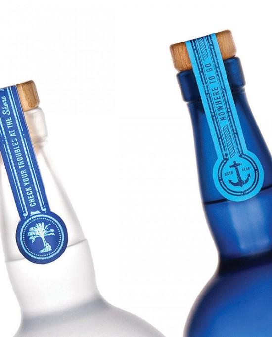 blue-chair-bay-4