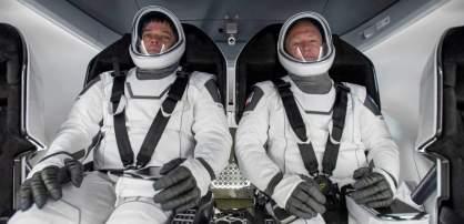 spaceX-crew-dragon-interior-astronautas