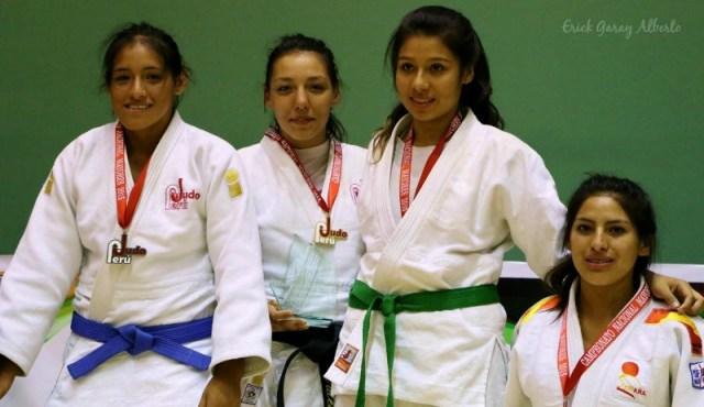 Femenino -63 Kg. 1. Valentina Pairet-Ficout (USIL) 2. Maricel Vivanco (Academia) 3. Cristina Flores (Guadalupe) 4. Iris Ayala (Olympique)