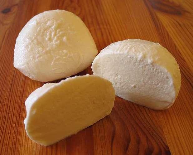 Mozzarella-vegana-investigadores-desarrollan-un-quso-vegano-sin-usar-leche-el-portal-del-chacinado