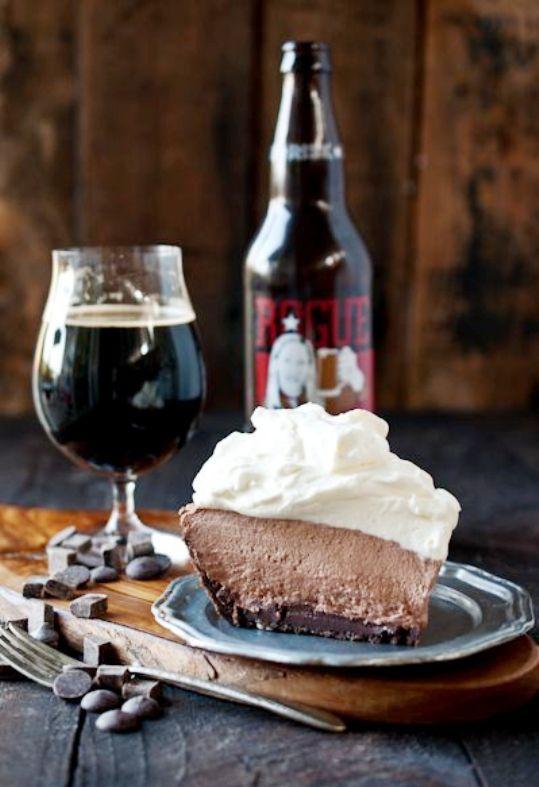 qué-hace-que-la-cerveza-negra-sea-oscura