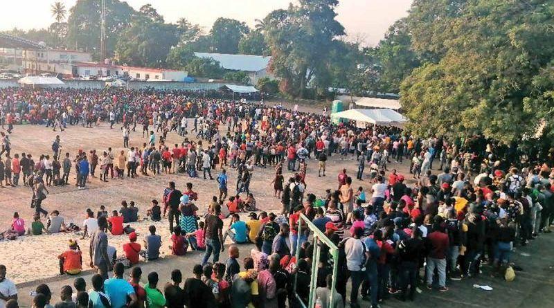 haitianos revientan estadio