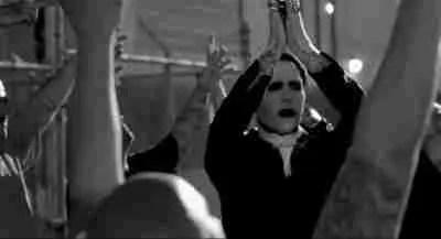 """Un cuento de Marilyn Manson: """"Todo en familia"""""""