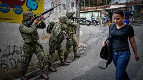 Brasil: rechazar la ocupación militar de Río de Janeiro