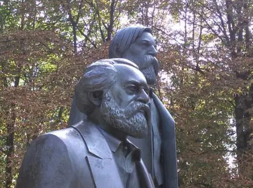 F. Engels:  Discurso ante la tumba de Marx (1883)