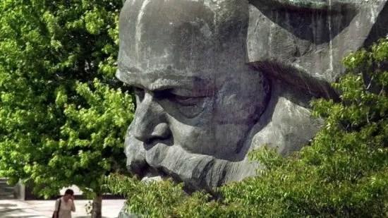 Bicentenario de su natalicio: la hijuela de Marx