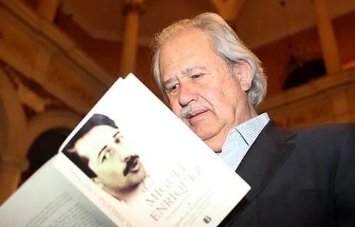 """Andrés Pascal: """"Mauricio Rojas nunca militó en el MIR"""""""