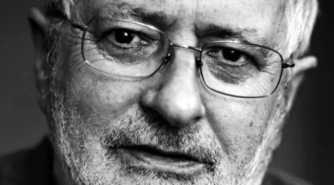 """Entrevista con Terry Eagleton: """"El discurso posmoderno pasa, el marxismo queda"""""""