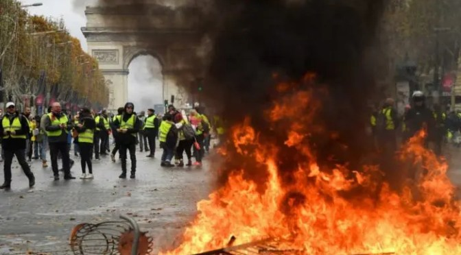 Francia: movilización popular de los chalecos amarillos