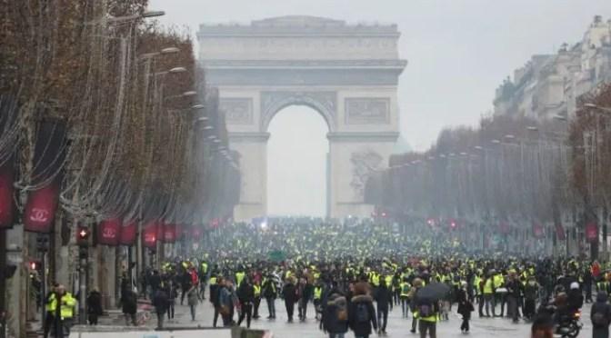 Francia en el umbral de una situación revolucionaria
