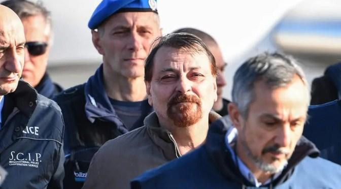 "Caso Battisti: El ""regalo"" de Evo Morales al fascista Salvini y al ""hermano"" Bolsonaro"