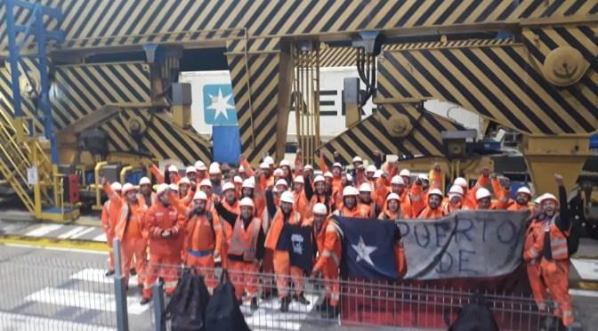 Que responda Piñera:  portuarios inician paros de advertencia en Valparaíso