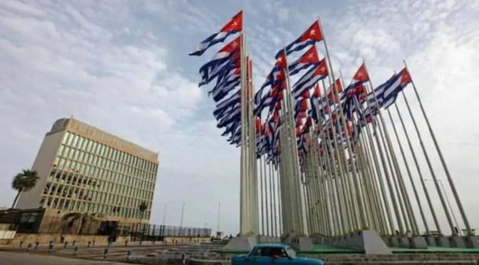 Campaña comunicacional de la CIA contra Cuba: del sinsonte al grillo