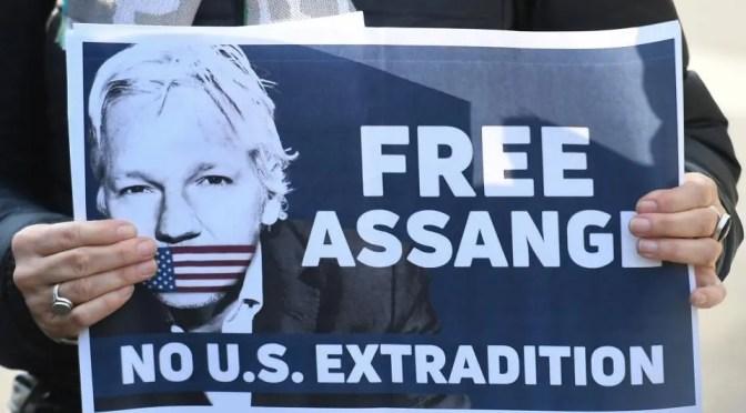 Assange enfrenta probables cargos de espionaje si es extraditado a EEUU