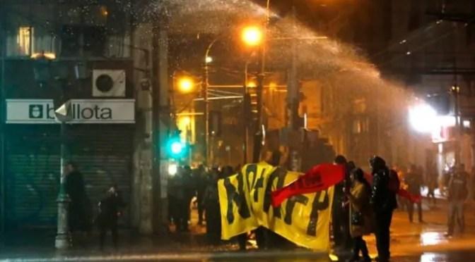 Organizaciones de trabajadores exigen destitución de Intendente y Gobernadora de Valparaíso