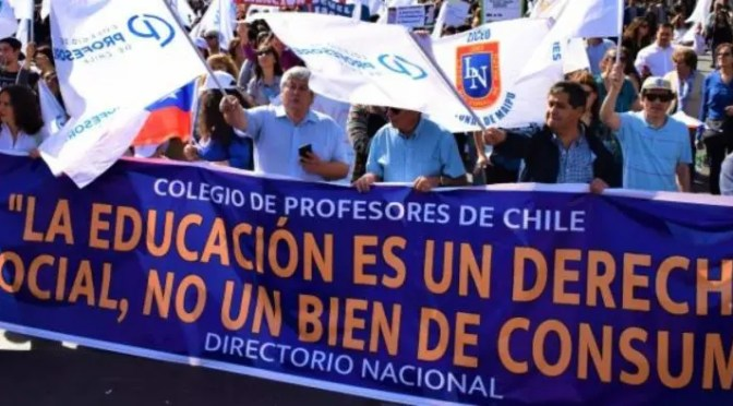 Profesores: rechazada la propuesta del gobierno, sigue el Paro!!!