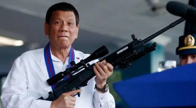 Respaldo de Piñera a sangriento Presidente filipino: el doble estándar en DDHH