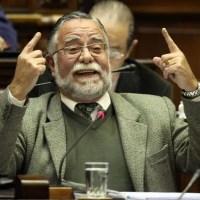 """Ministro de defensa uruguayo advierte de un """"conflicto militar en Venezuela"""""""