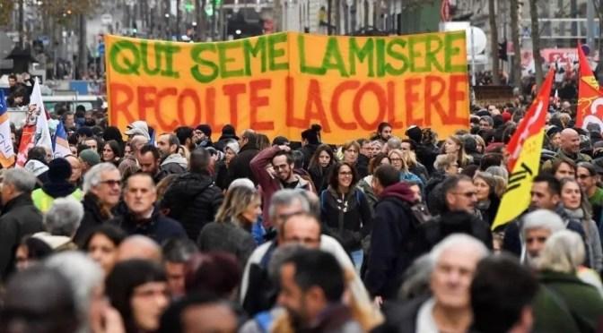 """Francia: ninguna """"tregua de navidad"""" mientras continúa la mayor huelga en décadas"""