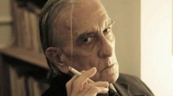 """Poema de Armando Uribe: """"Los ataúdes"""""""