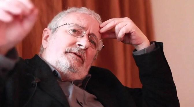 """Terry Eagleton: """"me considero tan socialista como siempre"""""""